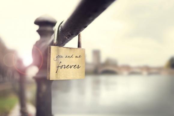Frasi per promessa di matrimonio: le più belle da dedicare