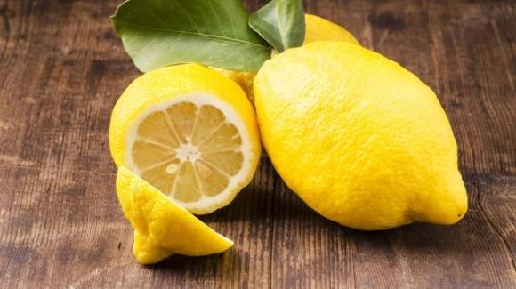 Limone: proprietà benefiche e come usarlo per migliorare la nostra vita