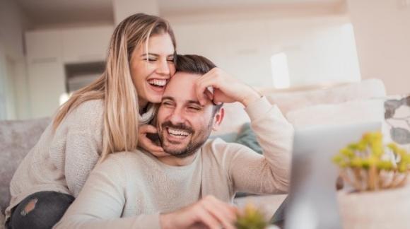 Le 5 regole d'oro per predire il futuro della vostra relazione sin dal primo giorno