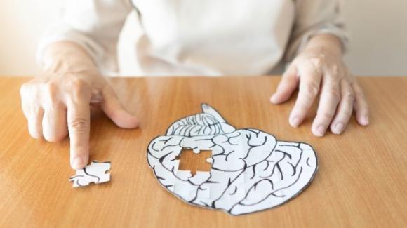 Alzheimer: prevenire e riconoscere i primi sintomi per curare