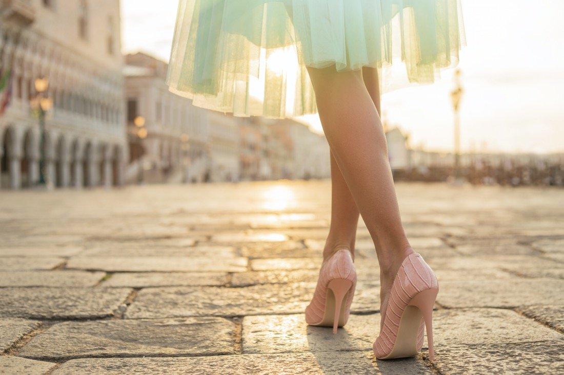 Sognare Di Camminare Scalzi sognare scarpe: come interpretare il sogno e numeri da giocare