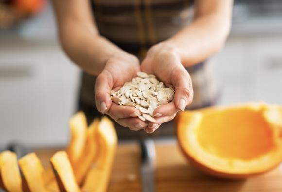 Semi di zucca: proprietà, benefici, calorie e vari usi