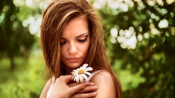 Come schiarire i capelli in maniera naturale