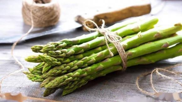 Asparagi, alleati della nostra salute: proprietà e benefici
