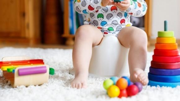 Spannolinamento: i consigli di pediatri e pedagogisti per effettuarlo senza problemi