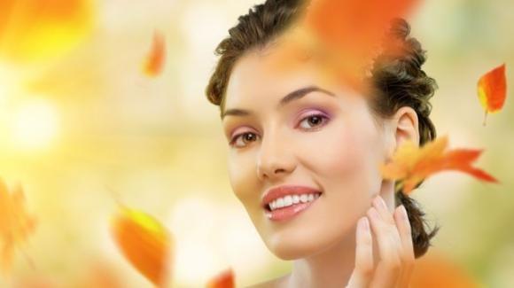 Le beauty routine dell'autunno: come affrontare il cambio di stagione