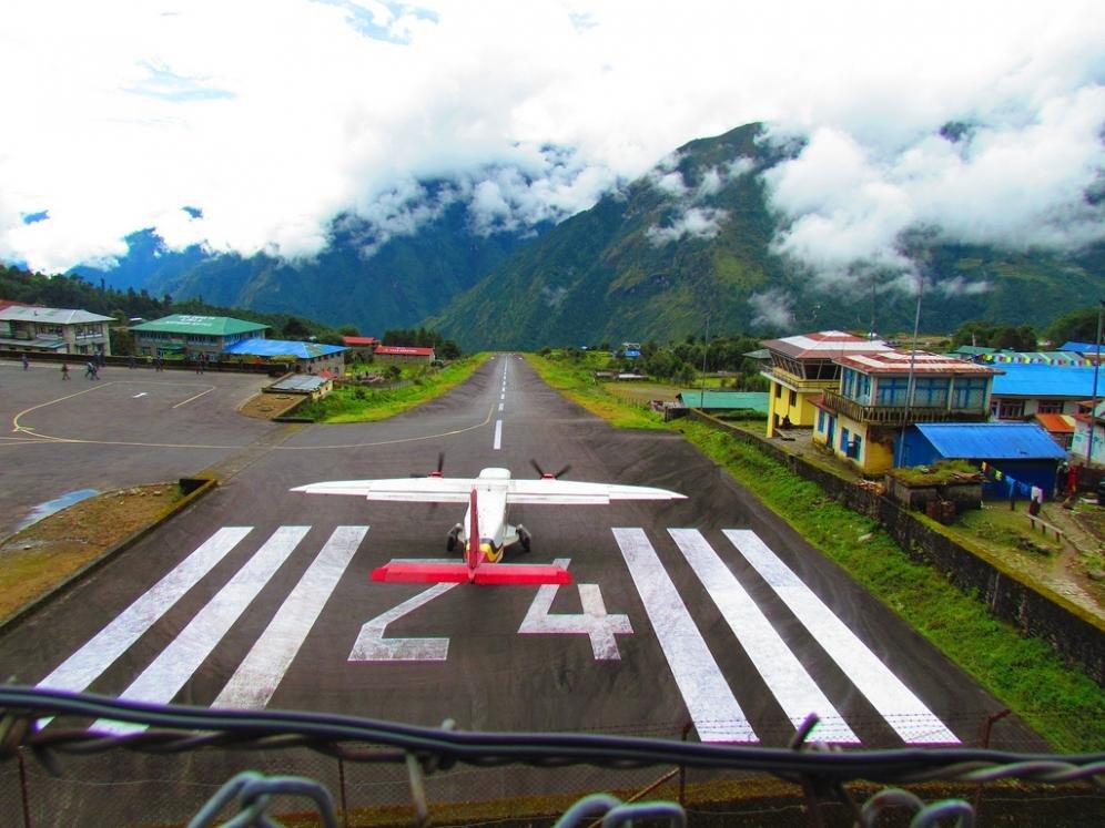 Lukla, l'aeroporto più pericoloso del mondo si trova in Nepal