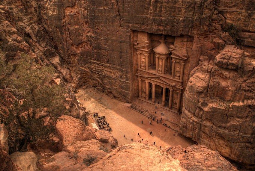 """Petra, la """"città rosa del deserto"""": meta obbligata della Giordania"""