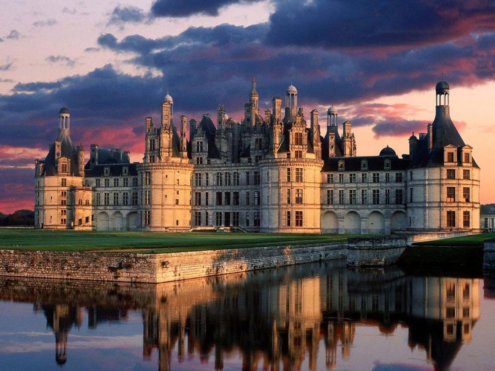 I castelli francesi diventano hotel di lusso