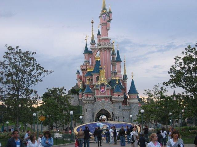 Disneyland Paris, un minimondo di fantasia e divertimento