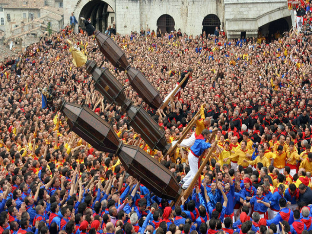 Gubbio, Festa dei Ceri e antico fascino medievale