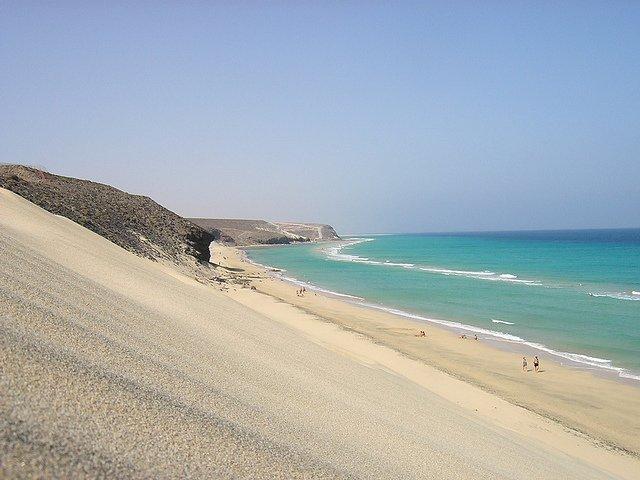 Fuerteventura, meta di vacanza tra natura e mare incontaminati