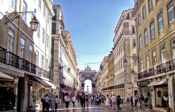 Lisbona, meta ideale per un divertimento assicurato