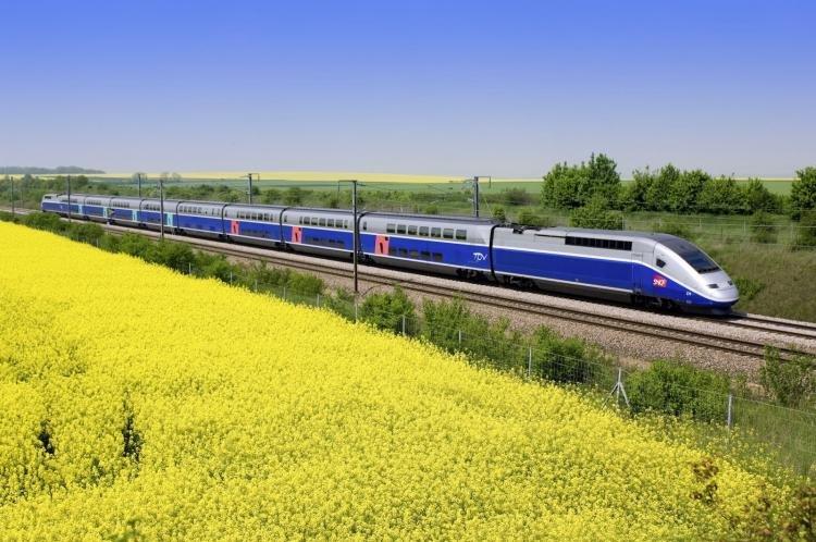 Treni per Parigi