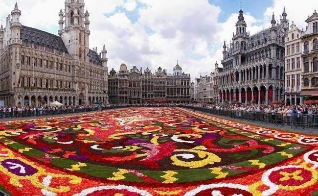 Il tappeto floreale alla Grand Place di Bruxelles