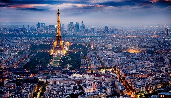 Mappa con i monumenti di Parigi