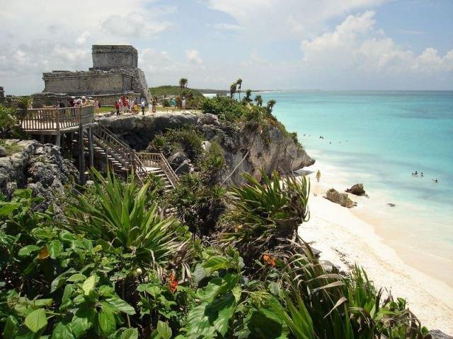 Riviera Maya: dove il mare dei Caraibi incontra la storia