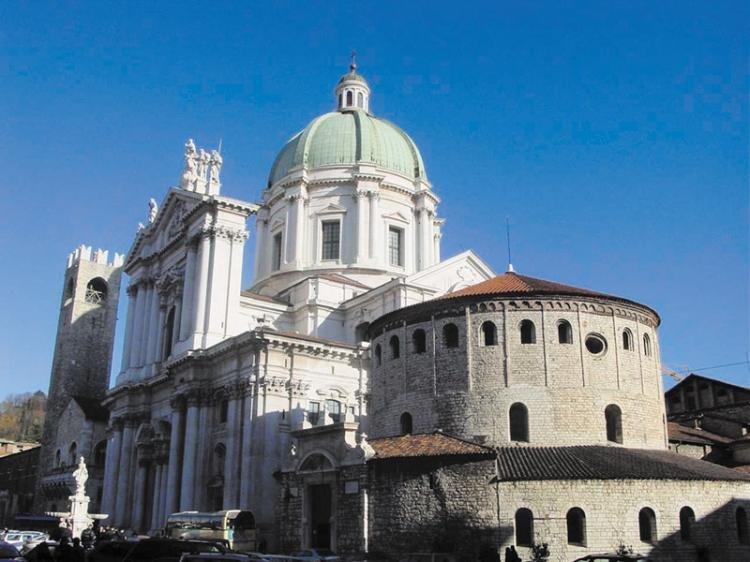 Cattedrale estiva di Santa Maria Assunta a Brescia