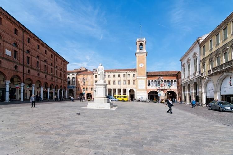 Piazza Vittorio Emanuele II di Rovigo