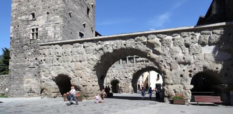 Porta Pretoria ad Aosta
