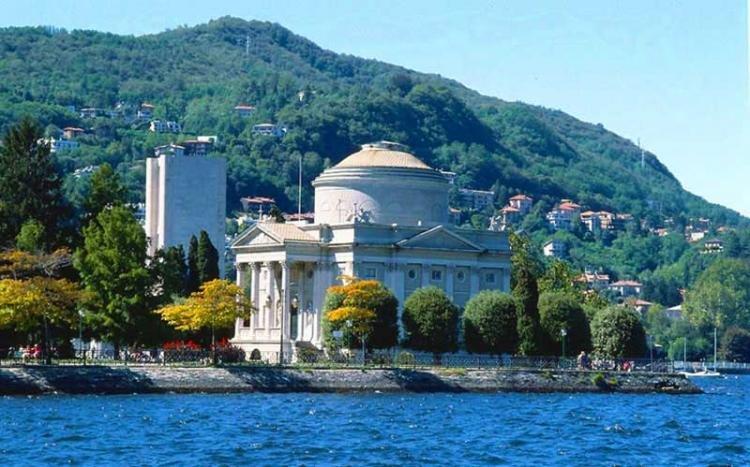 Tempio Voltiano di Como