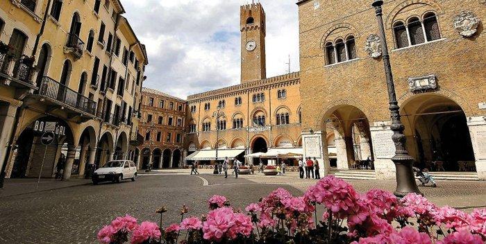 Piazza dei Signori a Treviso