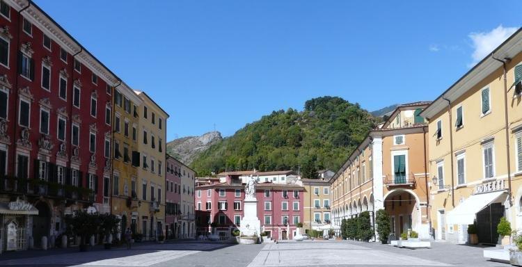 Guida di Massa e Carrara