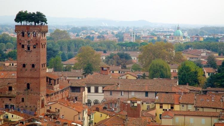 Torre Guinigi e Torre delle Ore di Lucca