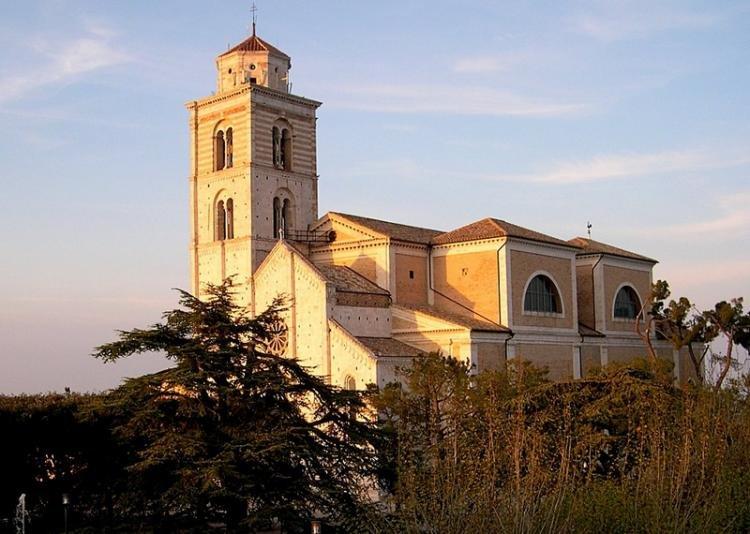 Cattedrale di Santa Maria Assunta in Cielo a Fermo