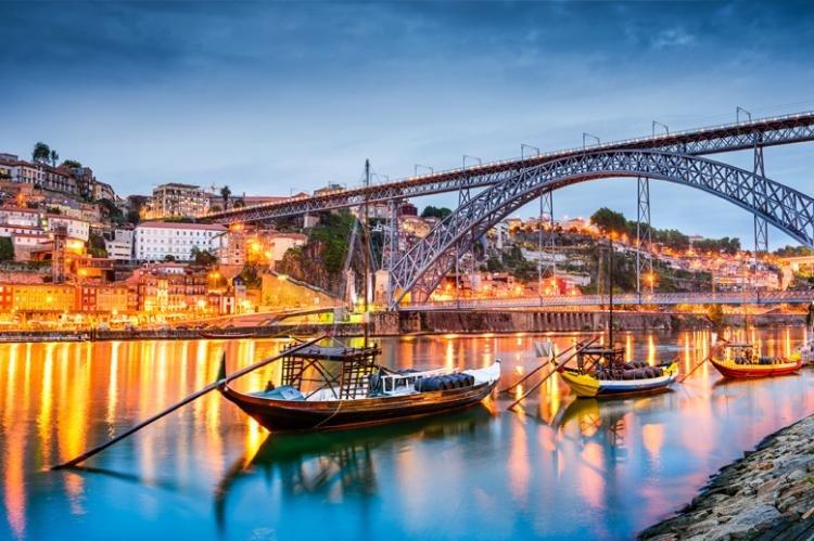 Cosa fare a Porto di sera
