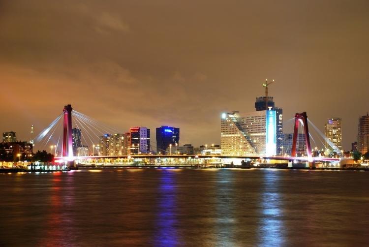 Cosa fare a Rotterdam di sera
