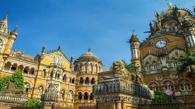 Stazione ferroviaria Chhatrapati Shivaji di Mumbai