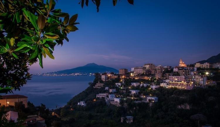 Cosa fare a Napoli di sera