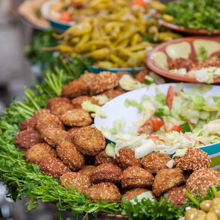 Dove e cosa mangiare ad Abu Dhabi