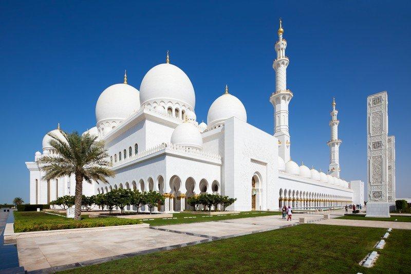 Grande Moschea Sheikh Zayed ad Abu Dhabi - Fidelity Viaggi