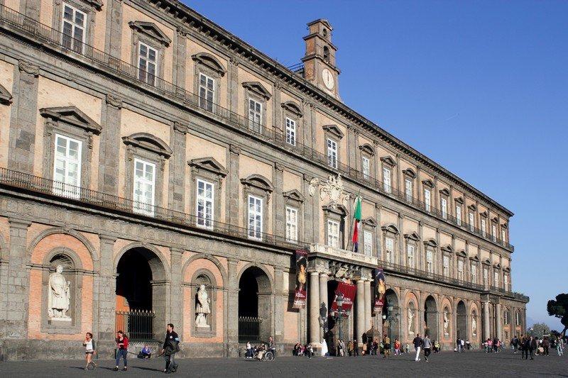 Palazzo Reale di Napoli - Fidelity Viaggi