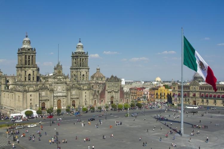 Plaza de la Constitucion (El Zocalo) a Città del Messico