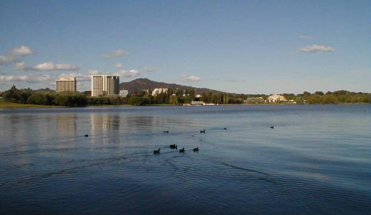 Lago Burley Griffin a Canberra