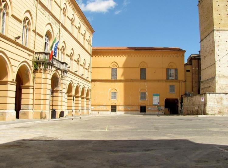 Piazza Vittorio Emanuele II a Chieti