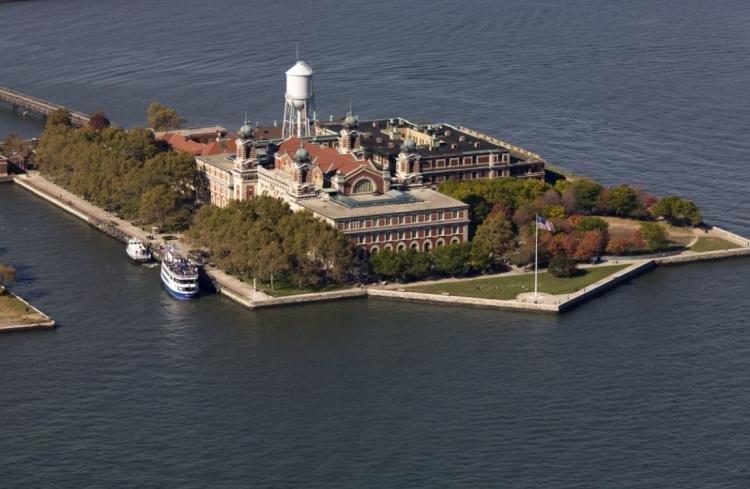 Ellis Island a New York