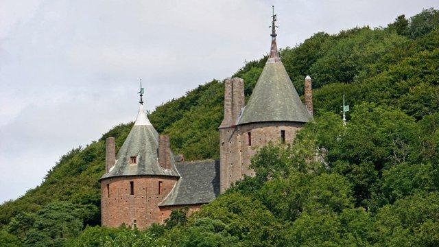 Castello Rosso a Cardiff