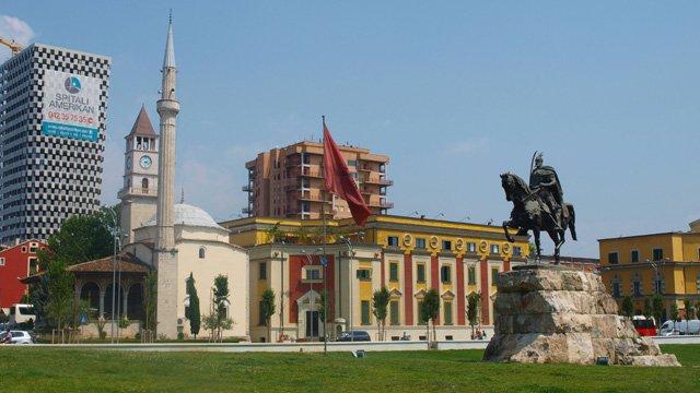 Guida di Tirana