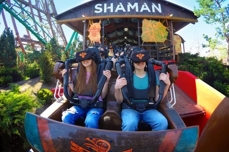 Shaman o Magic Mountain a Gardaland