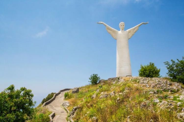 Statua del Cristo Redentore a Maratea, in Basilicata