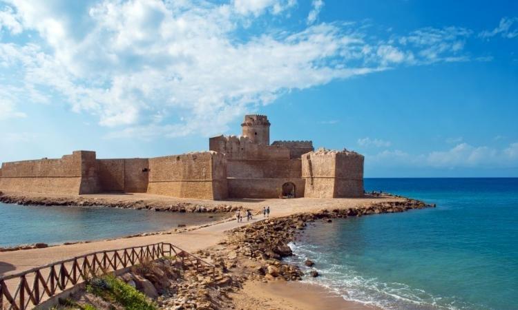 Le Castella in Calabria: cosa vedere e le spiagge più belle