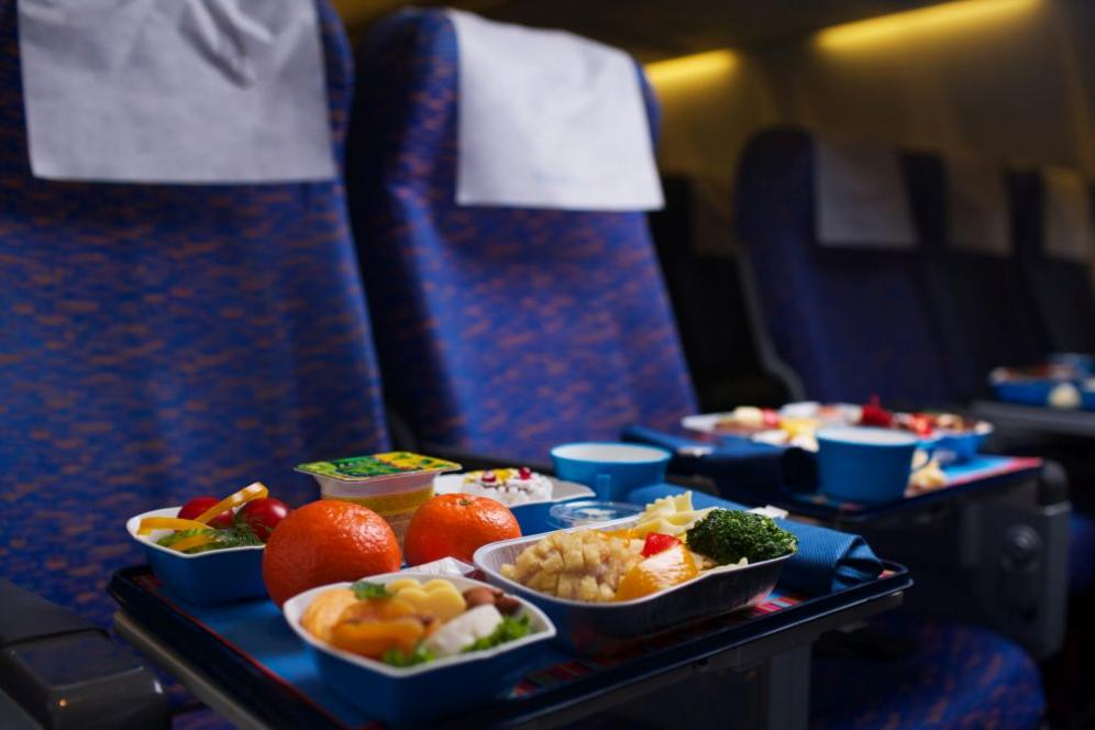 Cosa mangiare prima di un viaggio in aereo
