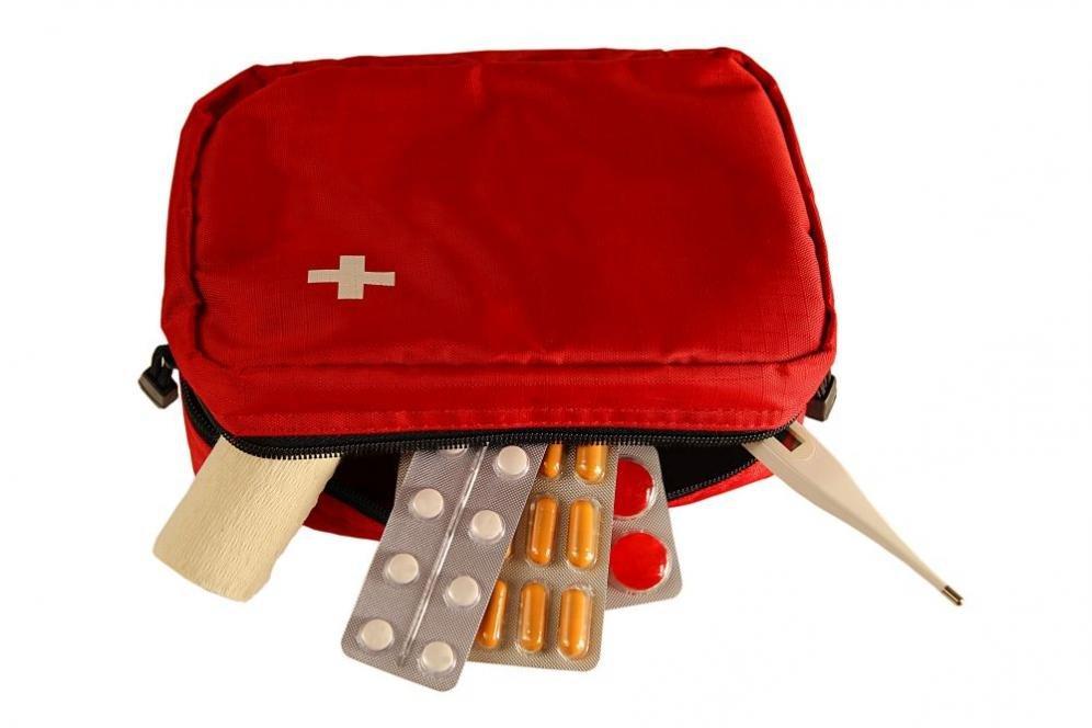 Farmaci da portare in viaggio: i 5 medicinali indispensabili