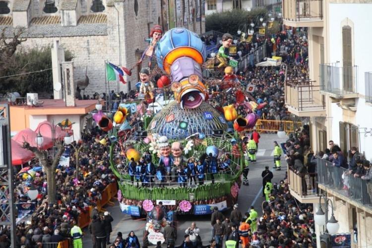 Putignano ed il suo carnevale: cosa vedere e dove soggiornare