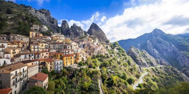 Castelmezzano: cosa vedere, hotel e volo dell'angelo