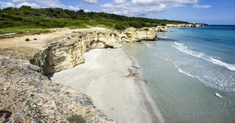 Torre dell'Orso in Puglia: cosa vedere e spiagge più belle